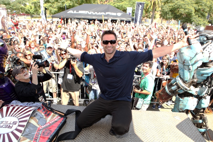 Hugh Jackman at Comic Con - Look at the FAN LOVE!
