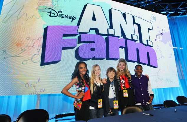 CHINA ANNE MCCLAIN, SIERRA MCCORMICK, JAKE SHORT, STEFANIE SCOTT, CARLON JEFFERY