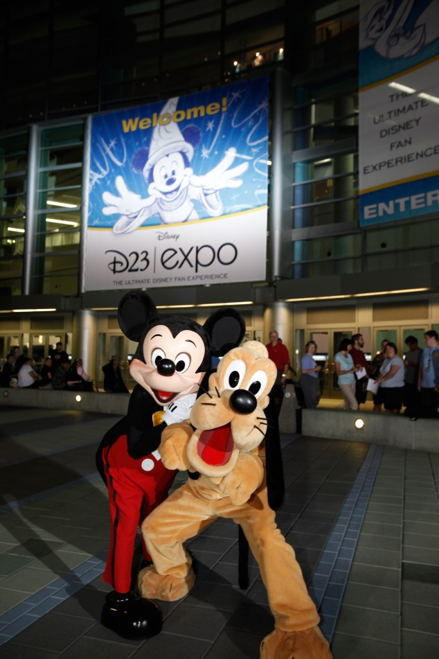 I rarely take pics of the convention floor, or the throngs of people congregating inside and outside the