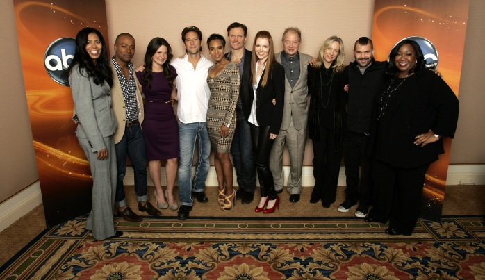 "WINTER PRESS TOUR 2012 - The cast and producers of ABC's ""Scandal"" posed for a photo op at Disney/ABC Television Group's Winter Press Tour 2012. (ABC/RICK ROWELL) JUDY SMITH (CO-EXECUTIVE PRODUCER), COLUMBUS SHORT, KATIE LOWES, HENRY IAN CUSICK, KERRY WASHINGTON, TONY GOLDWYN, DARBY STANCHFIELD, JEFF PERRY, BETSY BEERS (EXECUTIVE PRODUCER), GUILLERMO DIAZ, SHONDA RHIMES (CREATOR/EXECUTIVE PRODUCER)"